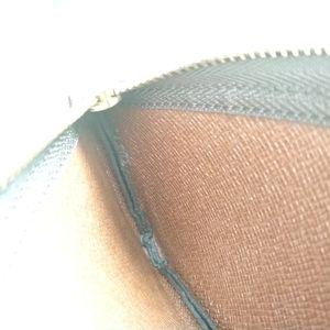 Louis Vuitton Accessories - Louis Vuitton Key Pouch in Monogram